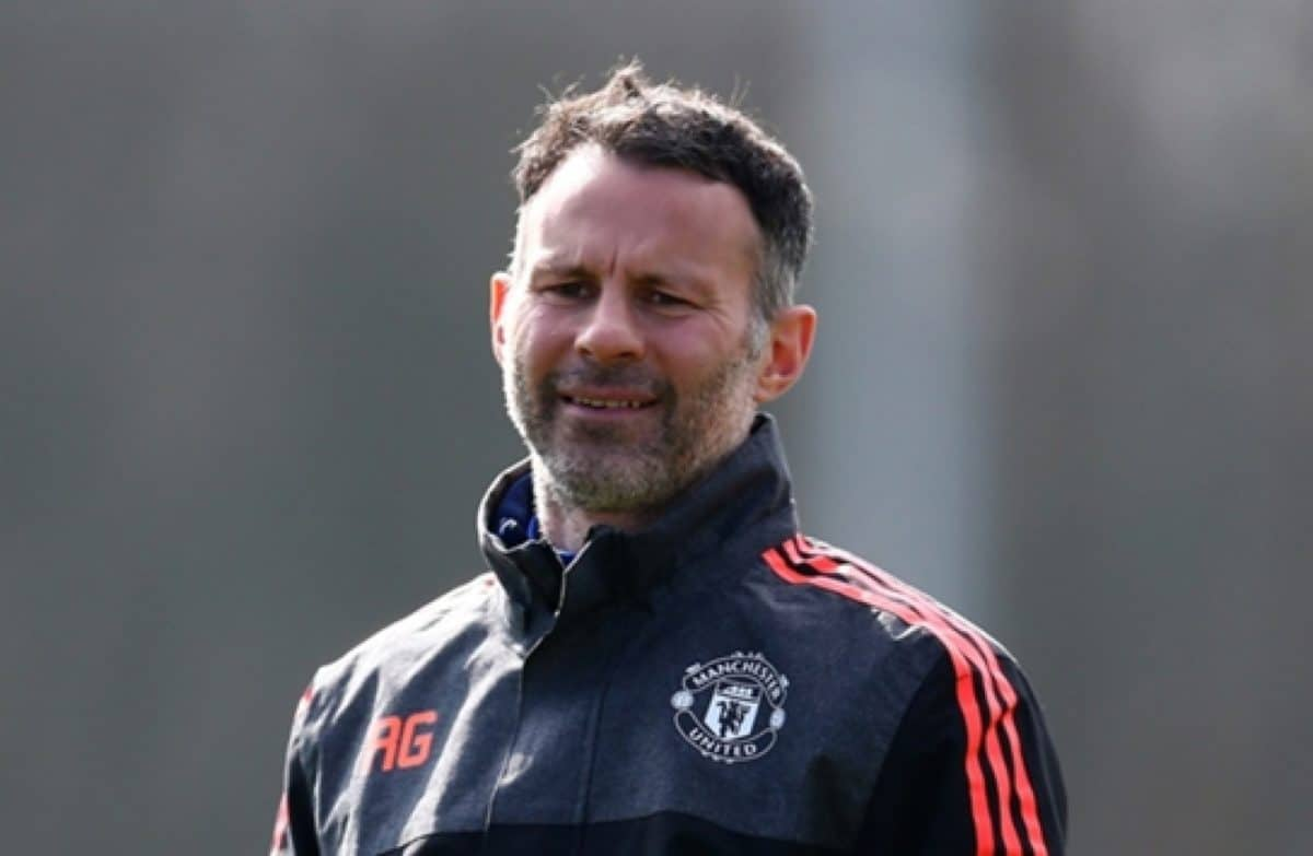 EPL: Ryan Giggs names players that helped him at Man United